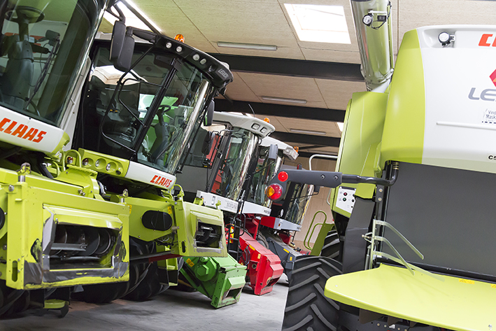 wind mask used combine harvesters